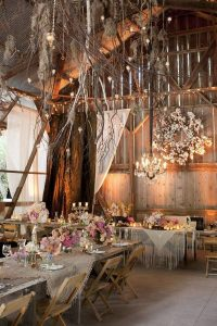 Barn-Wedding-Decor-Idea